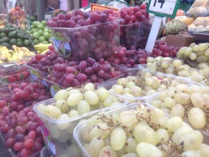 Fruits for sale in Shuk Machane Yehuda